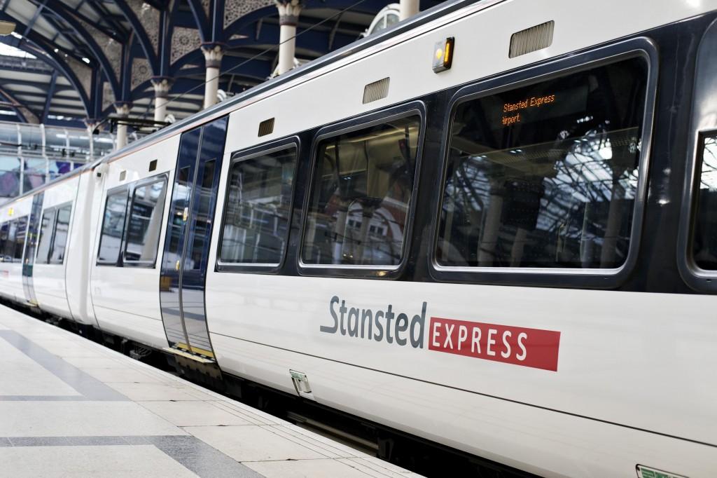 stansted express ahorrar en londres
